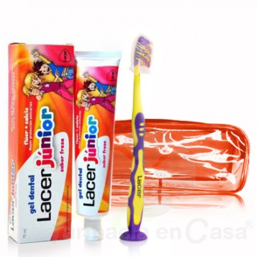 LACER JUNIOR GEL DENTAL SABOR FRESA 75ML + CEPILLO + NECESER